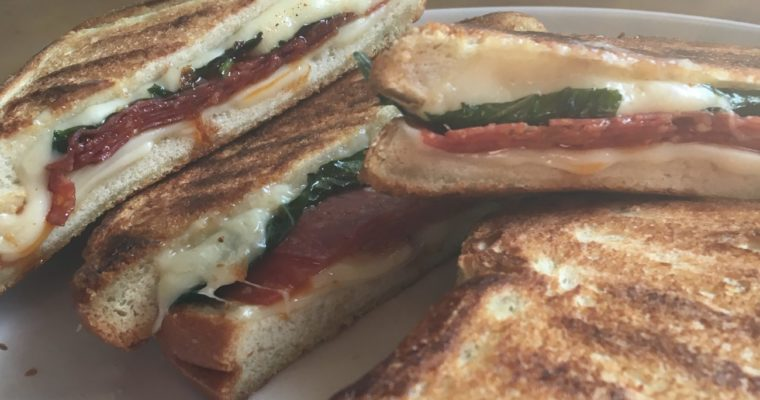 Grilled Cheese Social: The Out of Towner